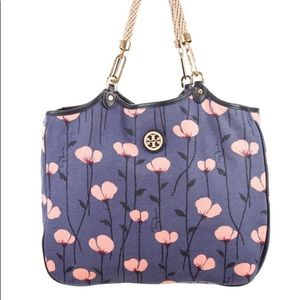 😍SALE😍NWT Tory Burch Channing Tote